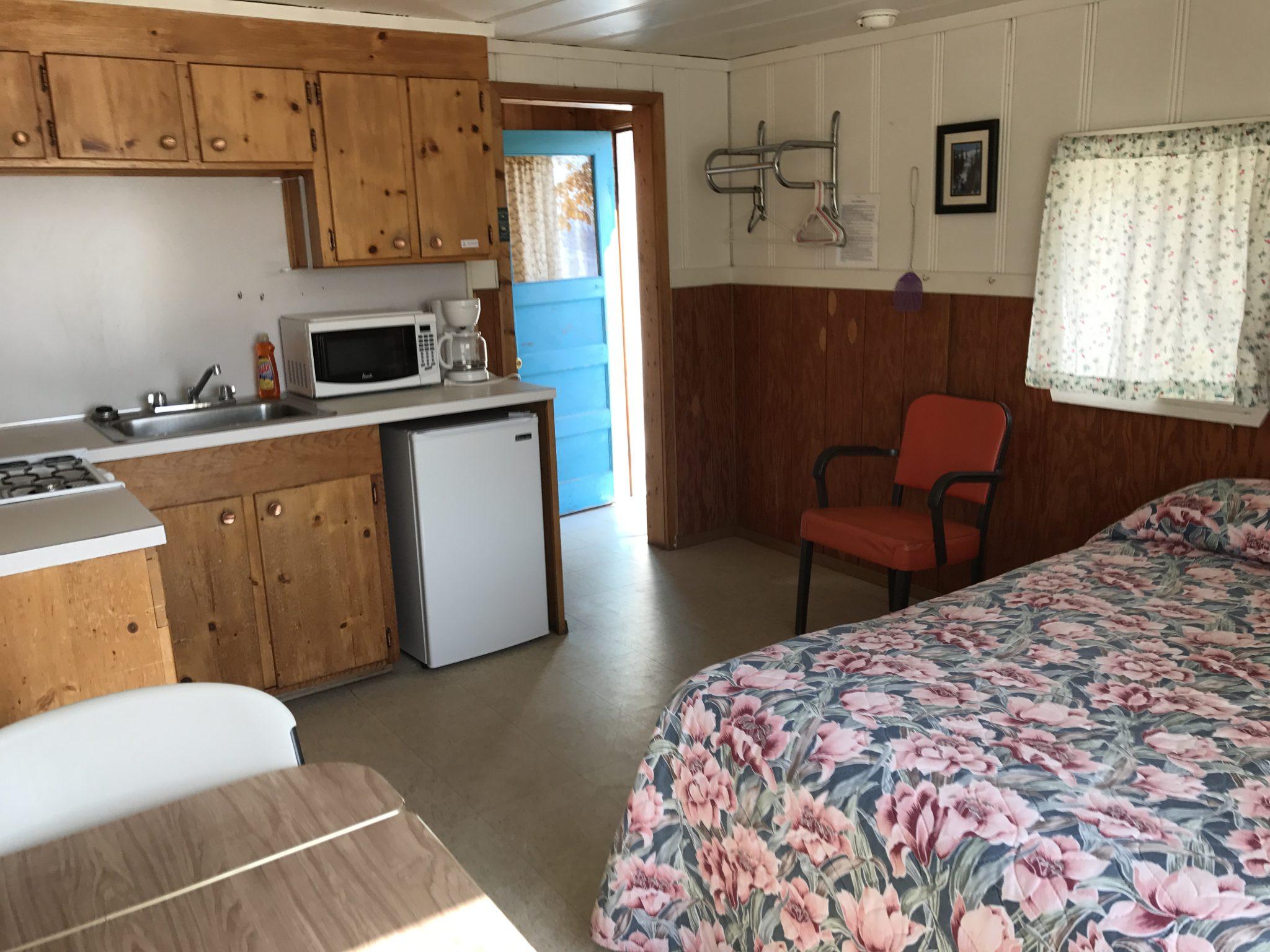 One Room Studios at Tiffanys Resort Curlew Lake